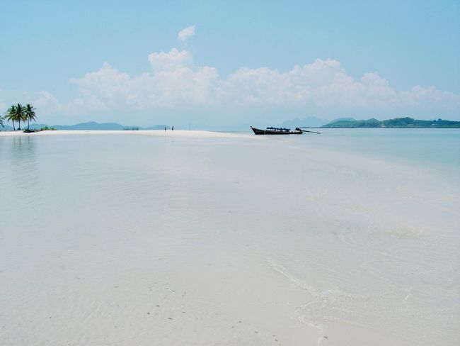 Edge Of The World Sand & Sea Andaman Sea Thailand Island Unlimited Lonely Boat Peace And Quiet Desertedisland Life Is A Beach