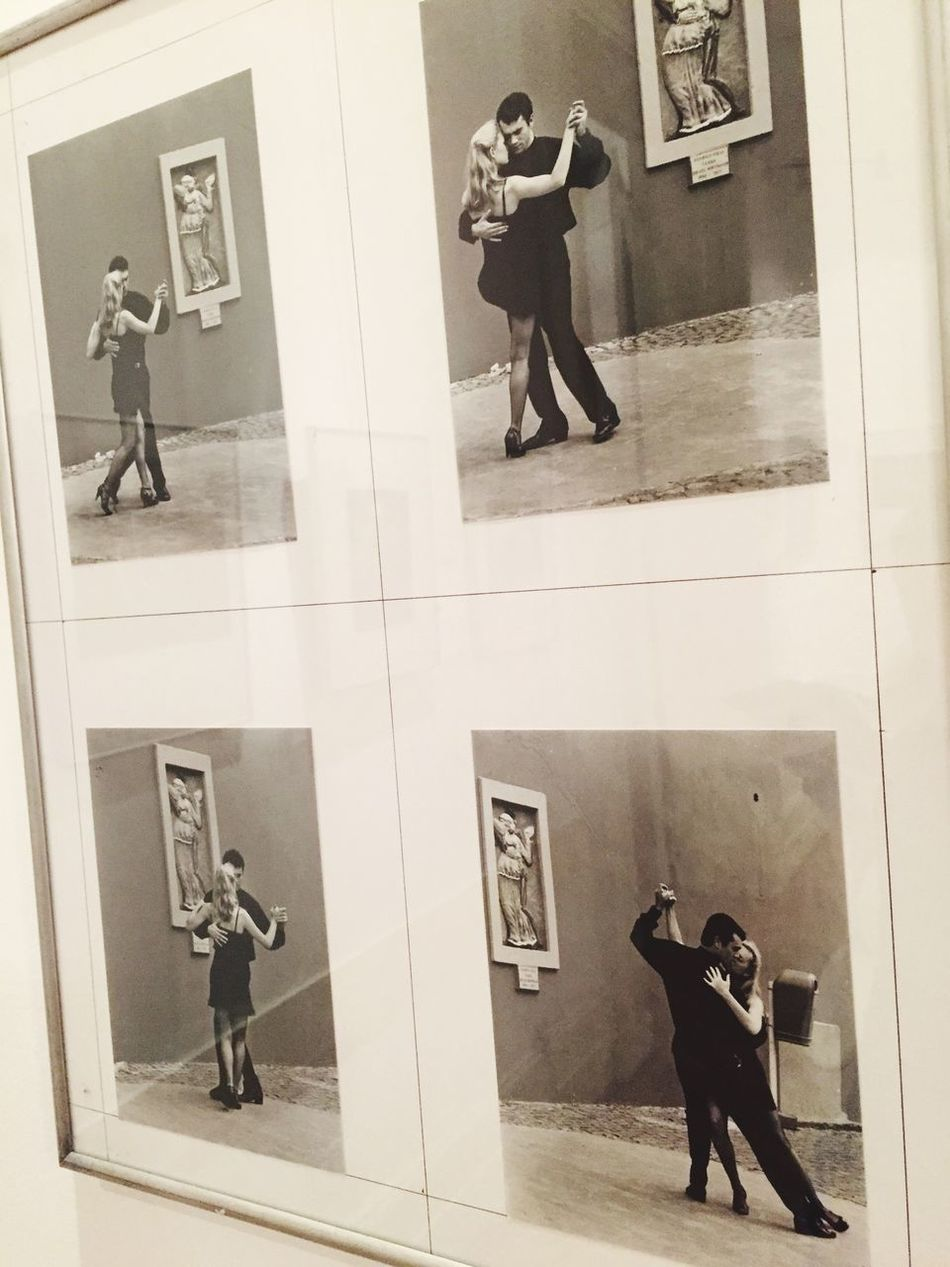 Baile Tango Tango Life Argentina Photography Full Length Real People Indoors  Men Jumping One Person Technology Architecture Day Mammal (null)Museum Of Modern Art Moments