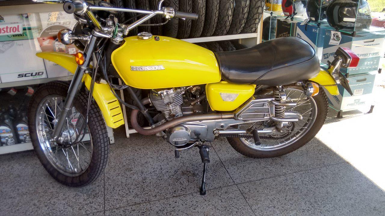 Classic Motorcycles Classic Motorcycle Club Honda FS Motocicleta Clàssica