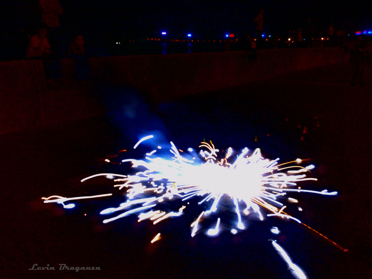 This is a typical Indian firework. A circular motion induced one. #light