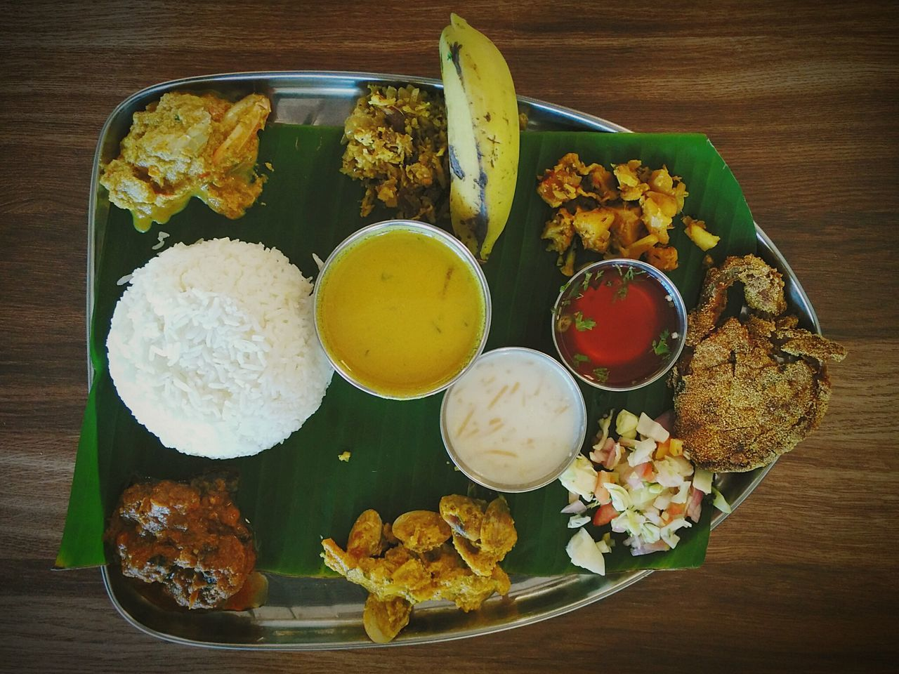 Antique Fish Thali. Fish Seafood Lovers Seafoods Fish Thali Kingfish Goa Goan Rice Plate Lunch Goan Curry Cuisine Food Photography Foodie Foodgasm Banana Leaf Eating Healthy Fish Meal Meal Hooman GoanCuisine Kismur Kismoor Goan Fish Curry Rice Fish Curry Fish Curry And Rice