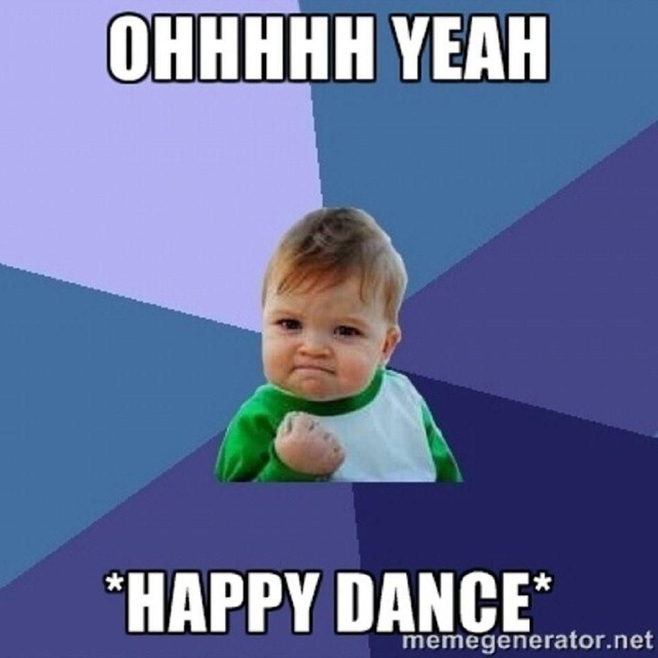 Happy Excited Yay Happy_dance alhumdelallah good_news hell_yeah shake_your_money_maker amazing whoop_whooop ♥ sooooo happy ... keys in hand!!!! ♥