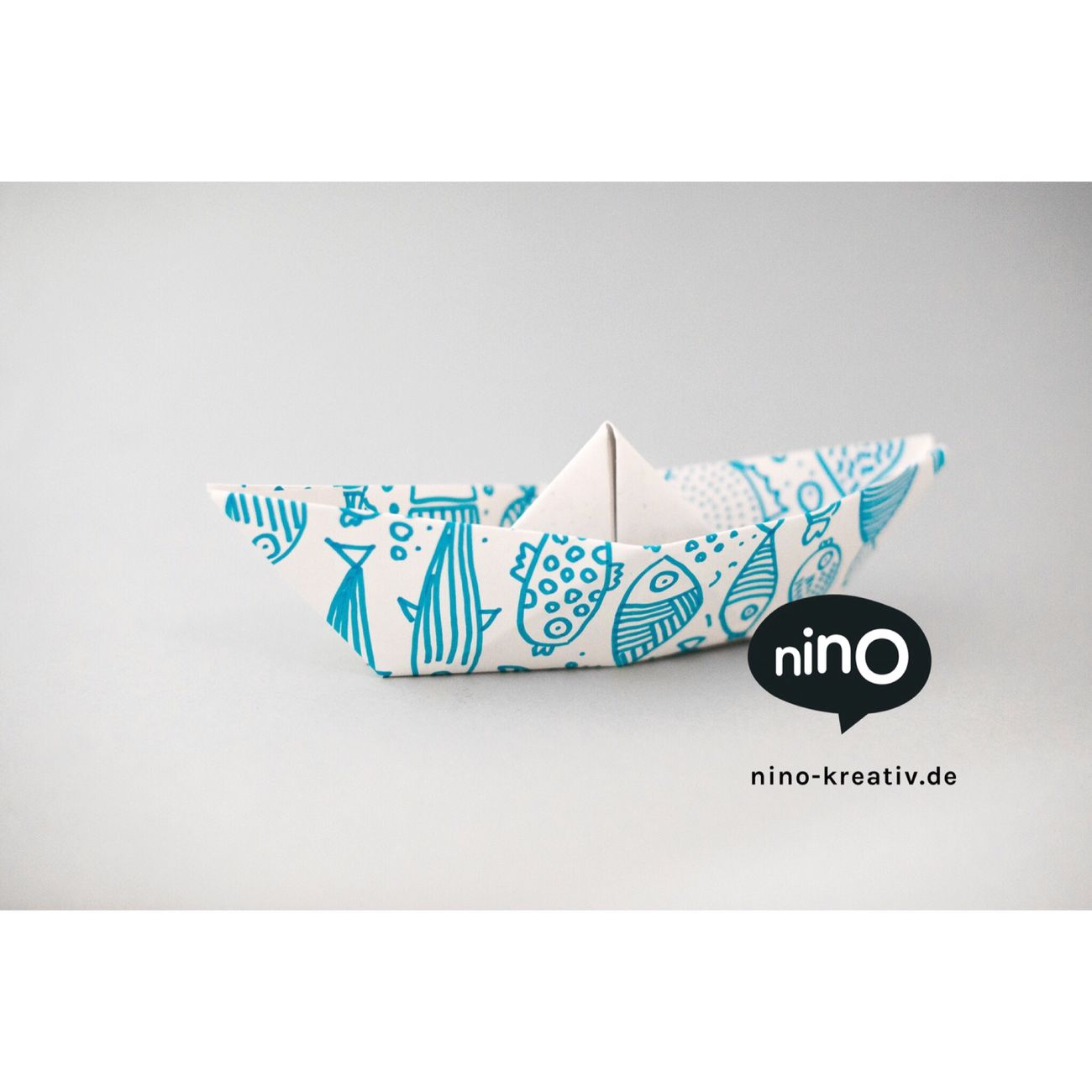 Crafting a paper boat with NINO paper ... www.nino-kreativ.de ... DIY Diy Project DIY At Home Paper Papercraft Brand Kids Handmade Selfmade School Schule Doityourself