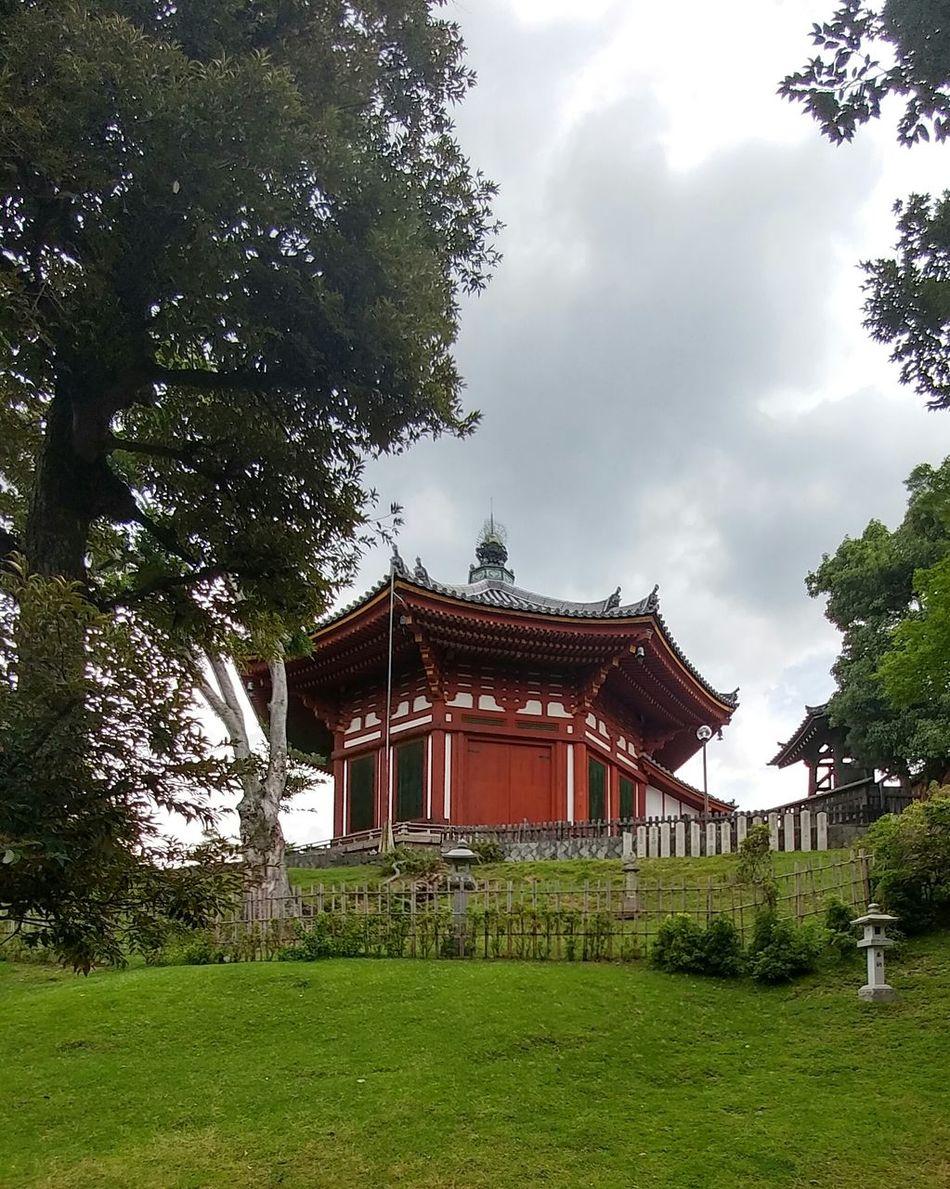 Tree Sky Cloud - Sky Temple Nature Japan Val  LG  G5se Lgg5se Japan Scenery Japanese Garden