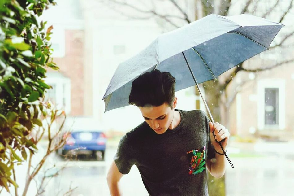 Men Hairstyle Relaxing Rain