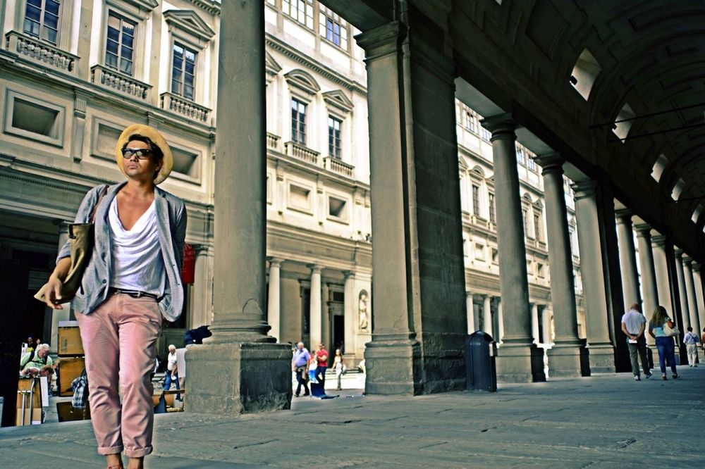 A t t i t u d e! Yass gawddd! Florence Italy FirenzeArchitecture Built Structure Building Exterior Fashion Photography Casual Clothing Tourism Tourist City Life Facial Expression Architectural Column Travel Traveling Tranquility Travel Destinations Leicalove Voigtländer Nomakeup Leica M8 Gayman Photographylovers Portraitmood Ms.congeniality Nokton35mm1.2 Fastlens Cest Moi  bene