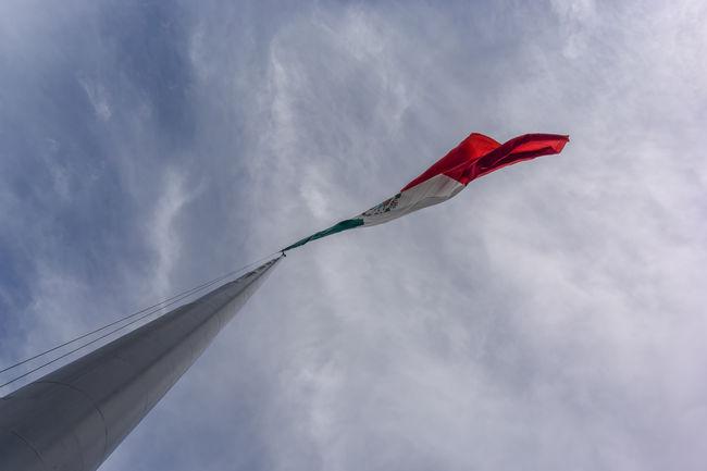 Asta de Bandera Blue Cloud Cloud - Sky Composition Flag Mexico Outdoors Sky Urban