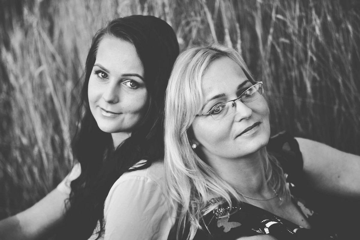 The Adventure Handbook Portrait Taking Photos Relaxing Enjoying Life Capture The Moment Family❤ Canon60d 2woman Love❤ Marta Kasia Mother & Daughter B&W Portrait Women Of EyeEm