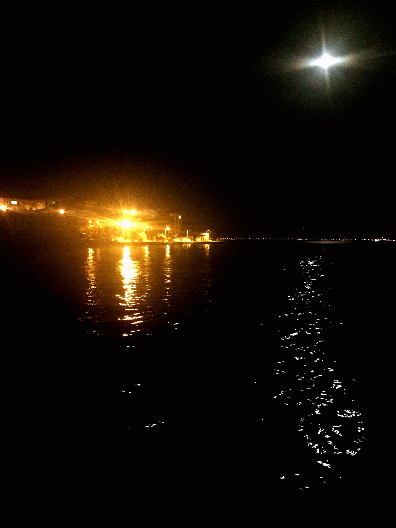 Sea Full Moon Citylights Light And Shadow Popular Photos Phosphorescence The Great Outdoors - 2015 EyeEm Awards The Moment - 2015 EyeEm Awards Marmarasea From My Point Of View