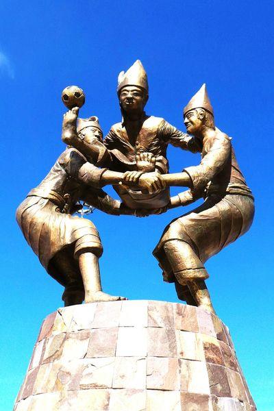 Takraw Ball statue in Makassar City, Indonesia!! Statue In The City Statue Makassarcity Makassar Icongraphy Takraw