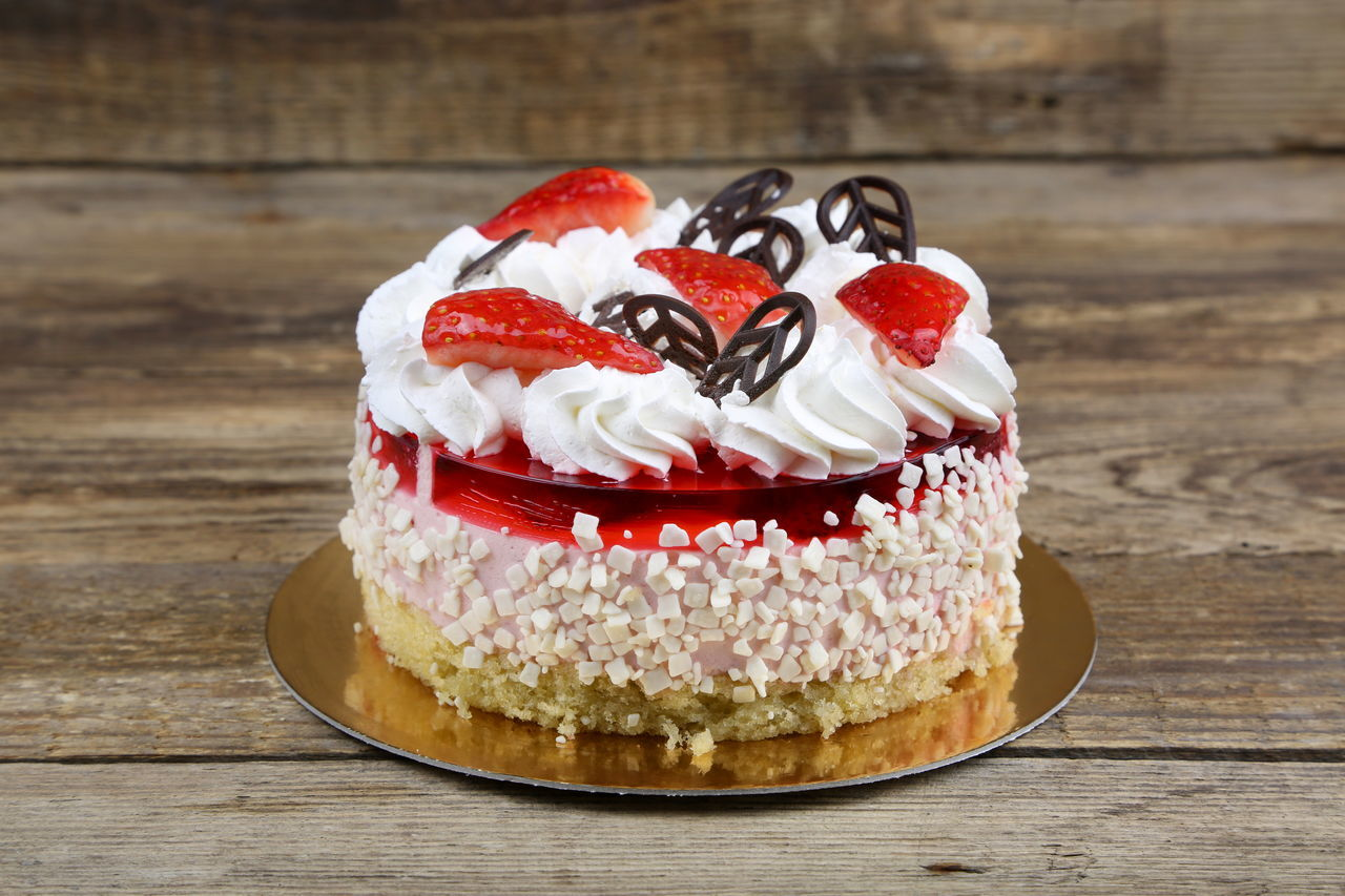 sweet food, indulgence, food and drink, temptation, dessert, food, unhealthy eating, freshness, still life, ready-to-eat, indoors, table, cake, no people, whipped cream, dessert topping, close-up, day