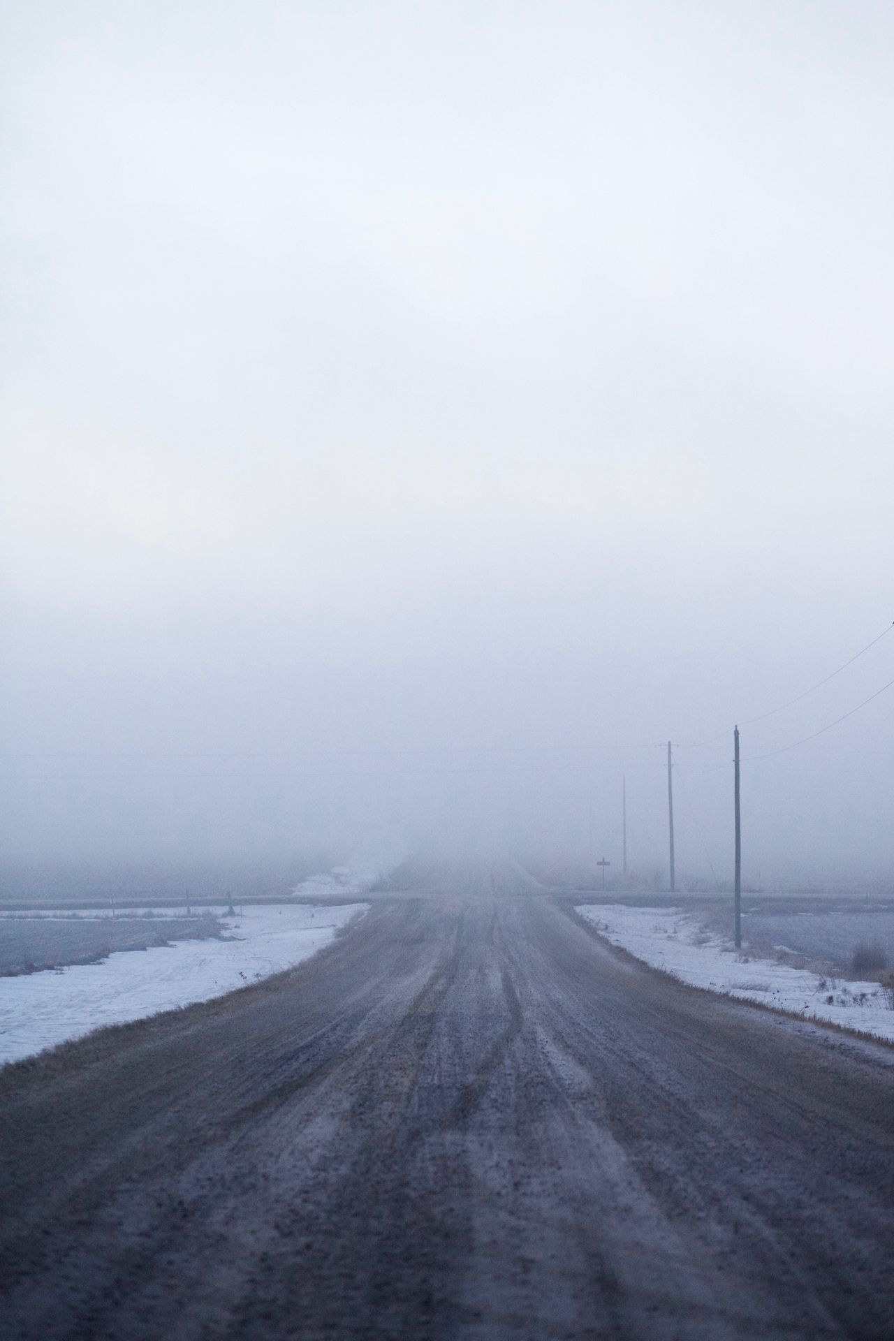 Dawn Diminishing Perspective Fog Mist Morning Nature Remote Road Rural Season  Snow Vanishing Point Weather