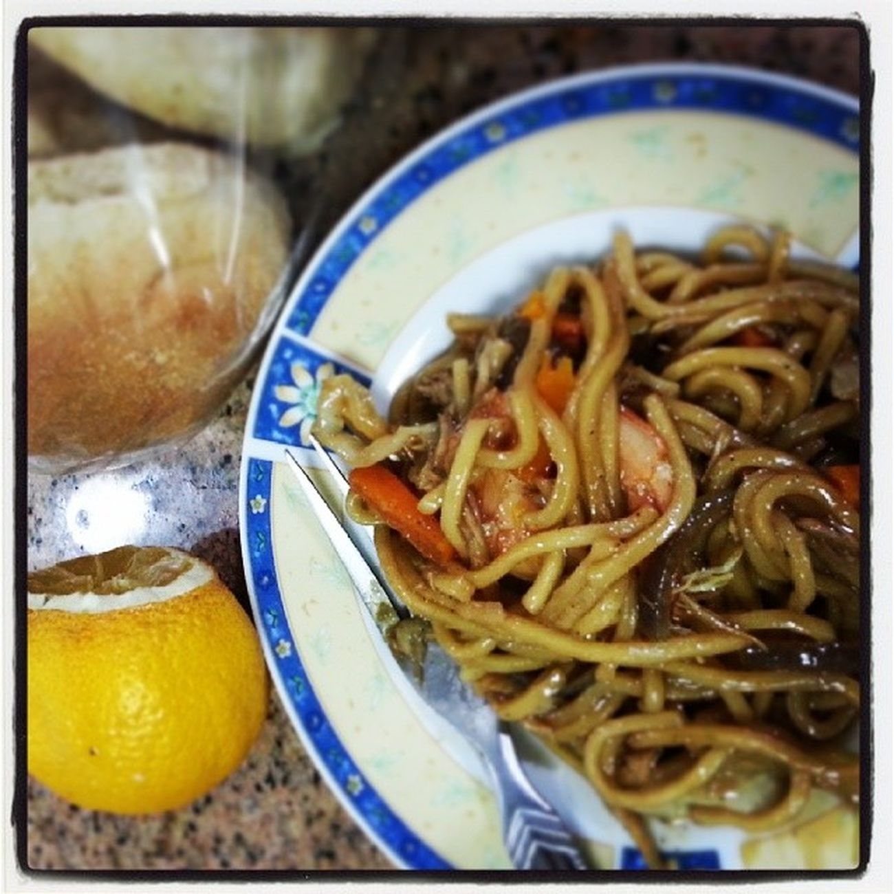 I have neen craving for pancit for a few days now and haven't found something that will satisfy my taste buds. So I decides to cook my first pancit and I loved it! Definitely will cook again soon. Pancit Comfortfoods Pinoy Foodporn 100happydays 4thday