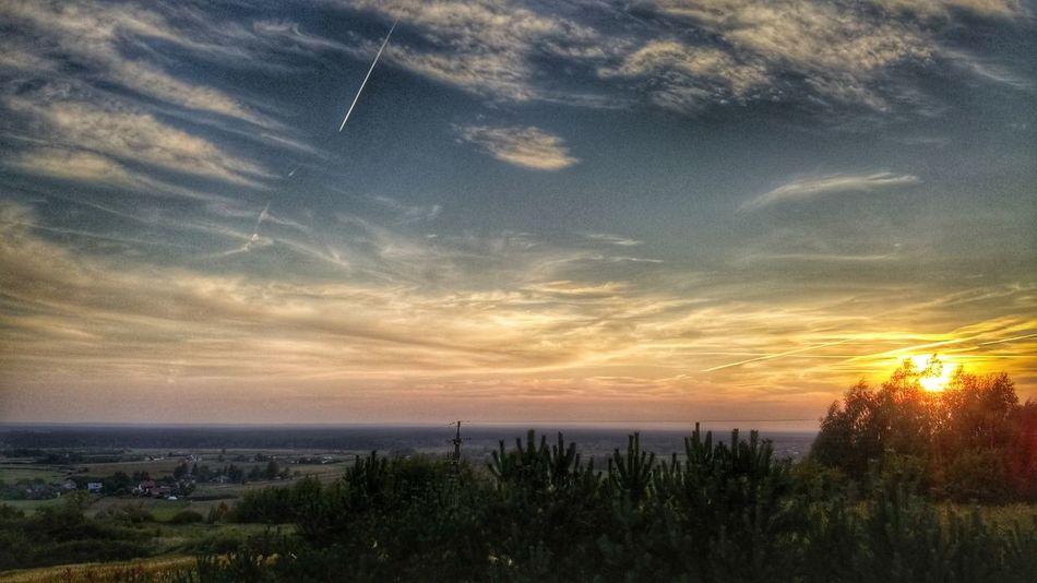 Sun Clouds Landscape_photography Krzeszow Poland Green View Photography Photo Streak Plane