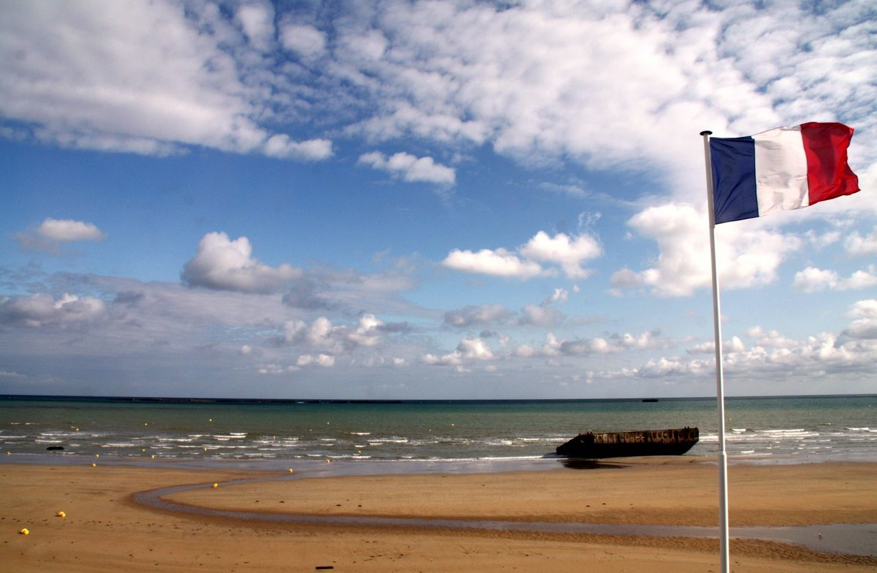 Beautiful stock photos of patriotic, Beach, Cloud, Day, French Culture