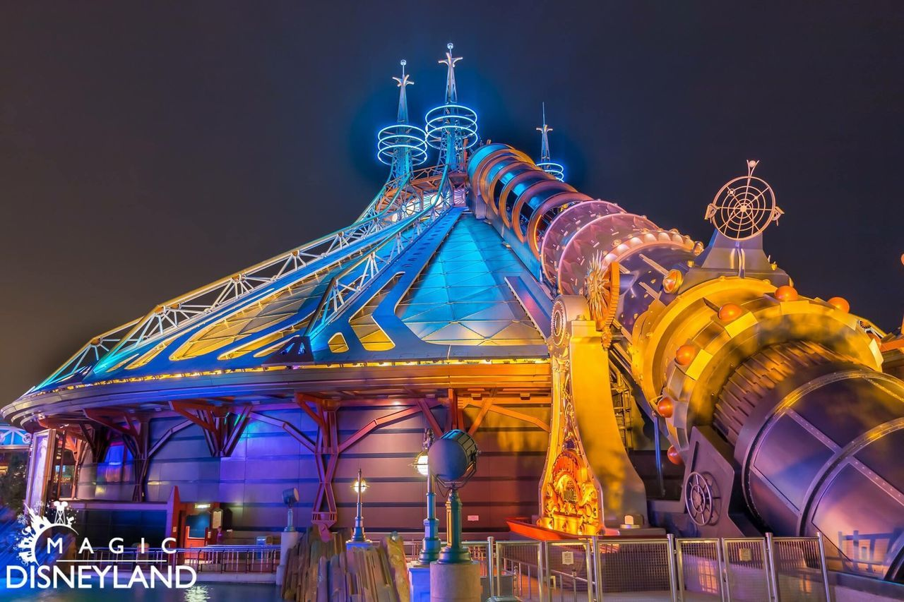Night Illuminated Amusement Park Amusement Park Ride Darkride HyperSpace Starwars Multi Colored Disneyland Paris Disneyland Resort Paris Disney Disneyland 25thanniversary Building Exterior