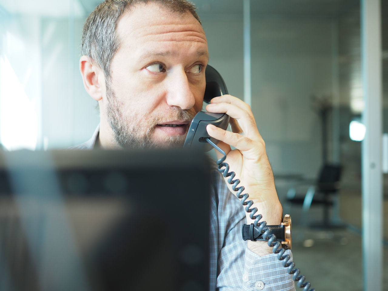 Business Business Finance And Industry Business Person Businessman Call Communication Man Man Head Monitor Negotiate Office Office Office View Officeman One Person Phone Shirt Shirt Man Telephone Telephone Cable Telephone Line Work Work Man Working Employed