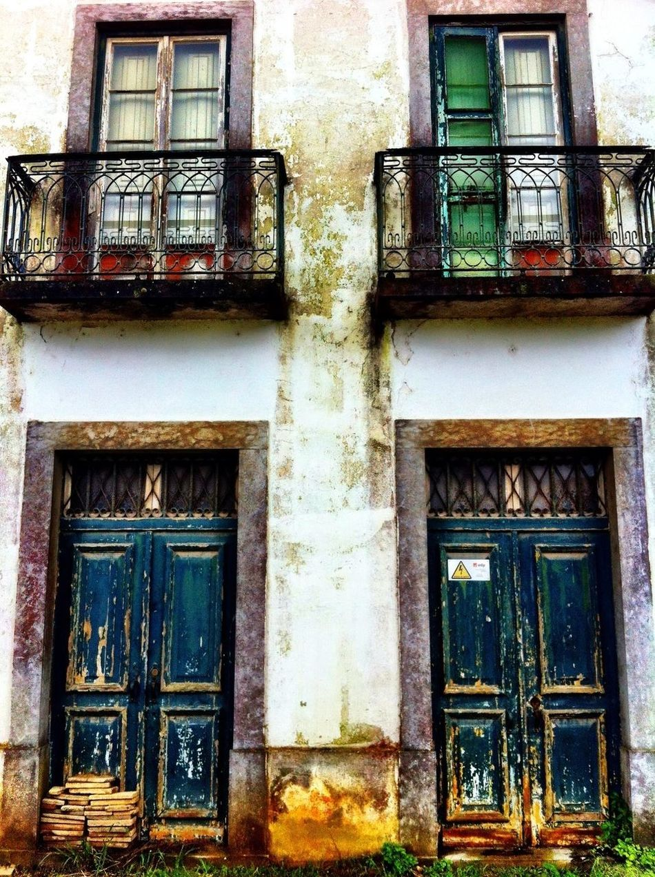 4x4 Expanded Abandoned Doors Windows AMPt - Abandon