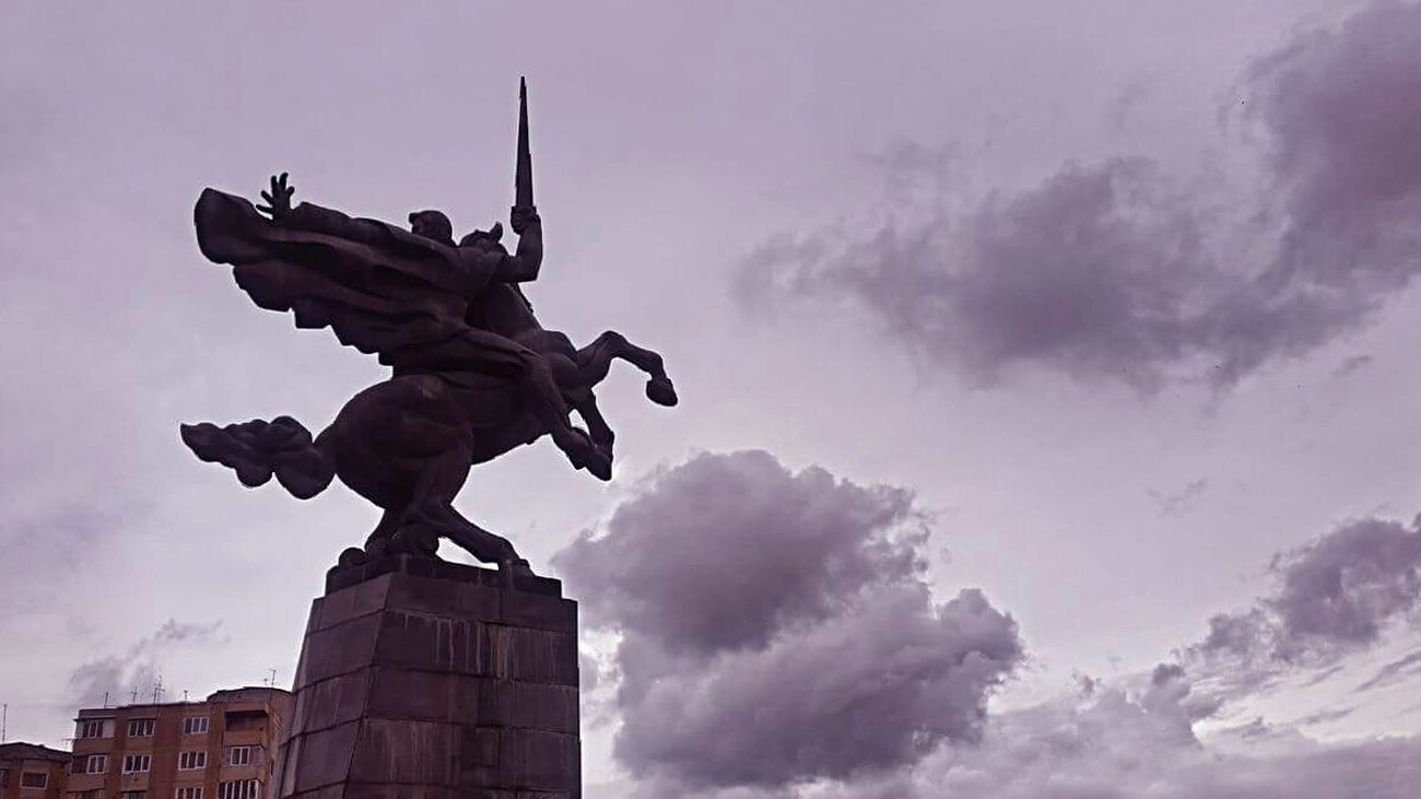 Statue Monument Sculpture City Sky No People Nature Street City Cloud And Sky Clouds Yerevan The One Steps HERO Horse Rider Ride A Horse