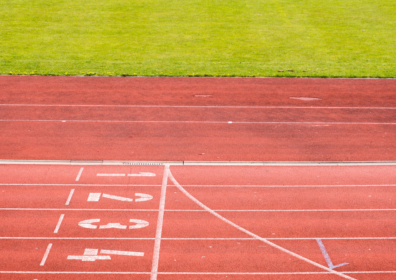 Competition Competitive Sport Day Dividing Line Finish Line  No People Number Outdoors Red Running Track Sport Sports Race Sports Track Starting Line Track And Field Track Event