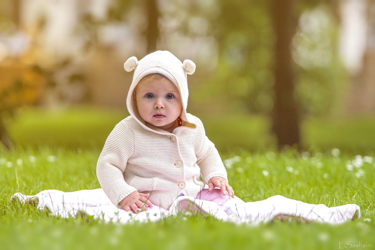 Beautiful stock photos of baer, grass, childhood, baby, innocence