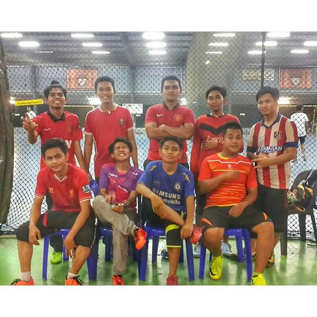 Not bad for 1st friendly match. Our 1st futsal game together as one team. One for All, All for One. Family is the only words that end with ily ( i love you ). My family is my team, my team is family. Bonding getting stronger huh .Futsal FamilyTime Sim2 Sandakan Jambatan7 Cousins