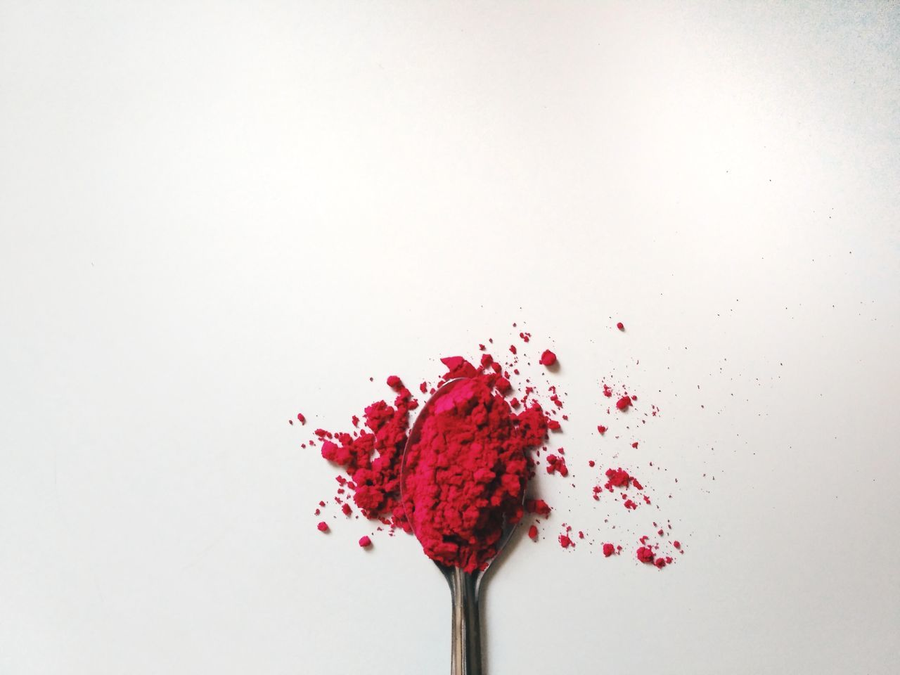 studio shot, white background, red, food and drink, no people, food, freshness, indoors, close-up, fragility, ready-to-eat, day
