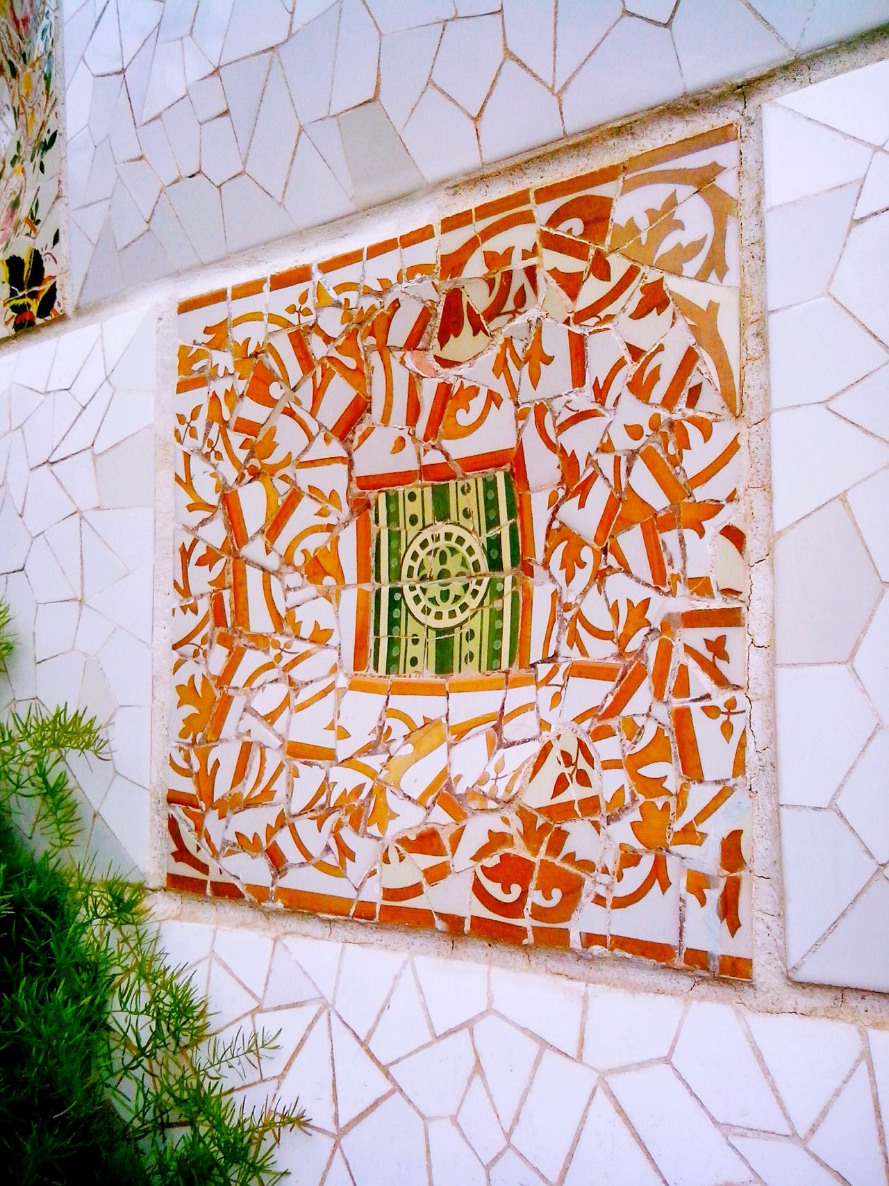 Built Structure Creativity Brick Wall Outdoors Modern Art Famous PlaceArt And Craft Tourism Pattern, Texture, Shape And Form Background Backgrounds Bright Colors Gaudi Decoration Park Guell Barcelona Barcelona, Spain Ceramics Ceramic Art Textured  Antoni Gaudí ArtWork Creativity Pattern Multi Colored