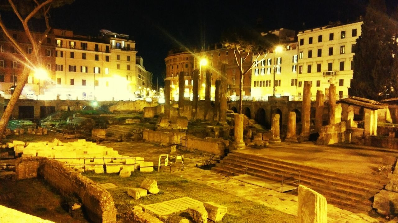 Largo argentina Architecture Night Building Exterior Built Structure Illuminated No People History Sky City Rome Italy🇮🇹 First Eyeem Photo romehistory Architectural Column Photographer Historical Monuments Tourism Picture Architecture Photooftheday History Architecture Statue