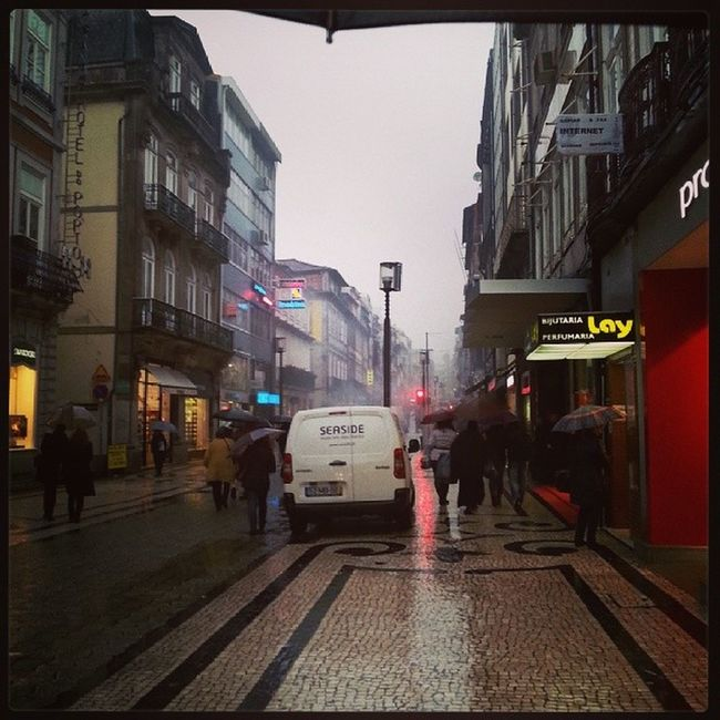 Wellcome to Porto Remind me London
