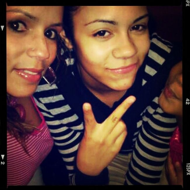 me nd momz love her:)