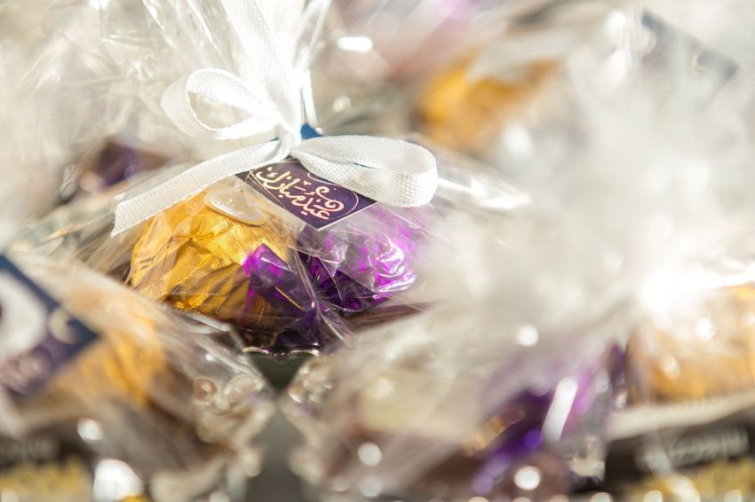 Close-up Eid Eid Mubarak Chocolates Sweets Flower Giveaways Arabic Holiday