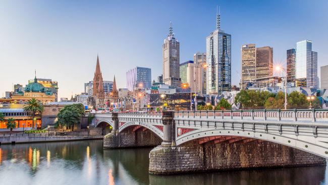 Australia Bridge City City Skyline Cityscape Melbourne City River Skyscrapers Yarra River First Eyeem Photo @glennsgregory