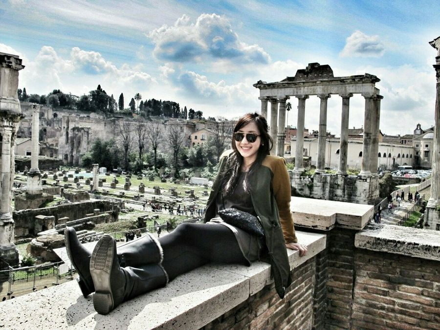 The Places I've Been Today Roma ! Rome Italy Fromromewithlove Architecture Portrait Portrait Of A Woman Stunning_shots Breathtaking View Nice View