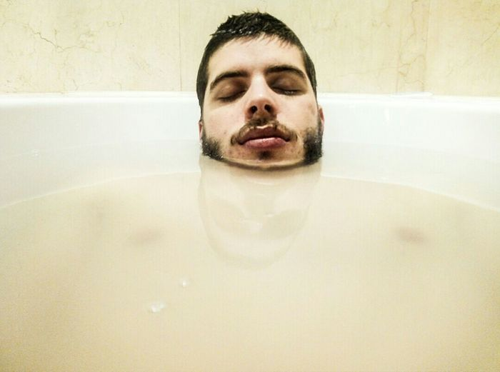 Floating head Taking Photos Relaxing Bath Time Floating Head The Floating Head  Weirdography