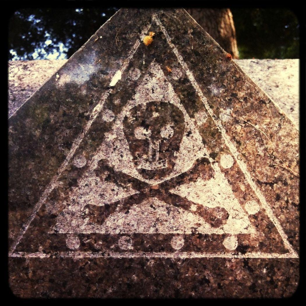 Skull Cemetery Graveyard Beauty Graveyardgrunge