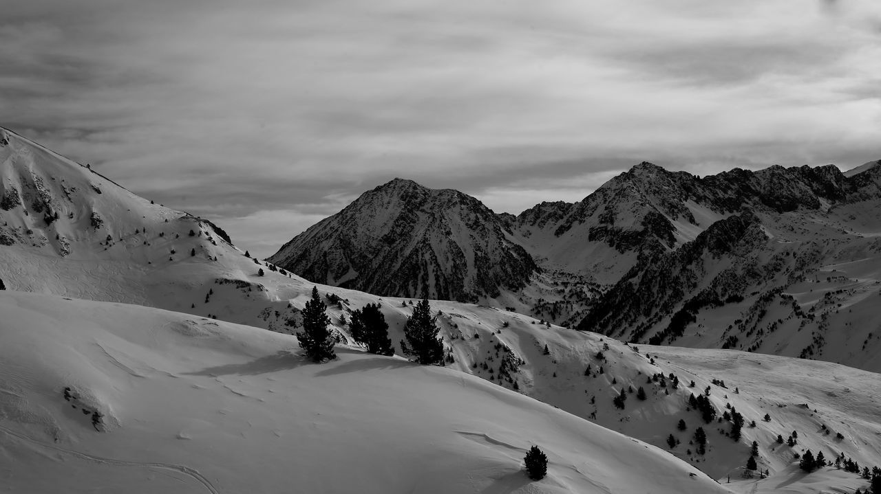 Snow Mountain Landscape Outdoors Winter Snowcapped Mountain Travel Destinations Nature Vacations Day Mountain Range Tree Val D'Aran Snowboarding Freestyle Freeride Valley White Wintertime Vitality Tranquility Winter Nature Black And White Friday