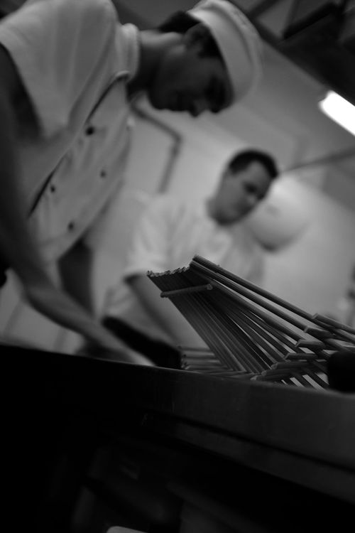 working a brief behind the scenes - clicking food with street photography style B&w Photography Behind The Scenes Black And White Close-up Cooking Food Delicacy Epicurean F&b Focus On Foreground Food And Beverage Food Prep Foodie Kitchen Scene Main Course Monochrome Pizza Time Professional Chefs Restaurant Kitchen Selective Focus Still Life What's For Dinner? Fine Art Photography Low Angle Perspective