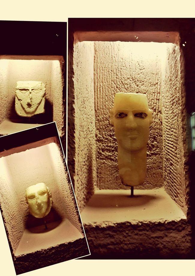 Maskesiz insanlarla karşılaşmak çok mu zor bu dünyada?... Mask Hello World History Museum  Historical Sights Weneedamiracle Sillhouette