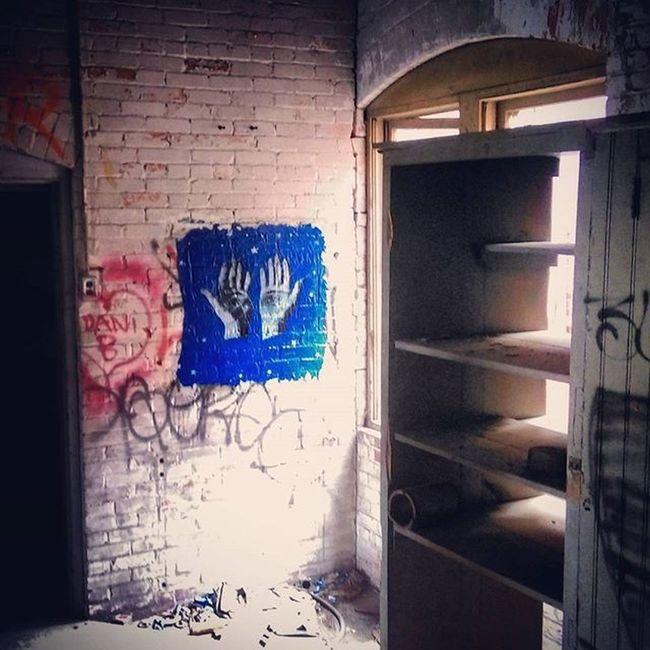 Wheatpaste Pasteup Graffhunter Graffiti Graffitiporn Coloradograffiti Abandoned Kokobayer Herbertbayer @kokonofilter