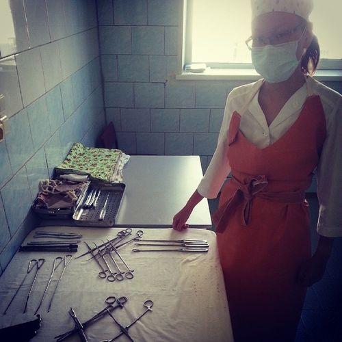 Практика лето2014 гинекология рядом с инструментами....сегодня последний день...