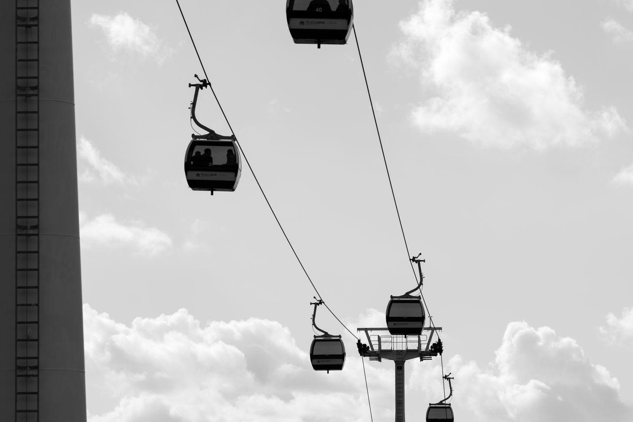 Cable Car Sky And Clouds Black & White Black And White Blackandwhite Minimal Cityscapes Blackandwhite Photography Bnw Eye4photography  Minimalism Minimalobsession EyeEm Monochrome EyeEm Best Shots EyeEm Bnw EyeEmBestPics EyeEm Gallery Taking Photos at Parque Das Nações Portugal