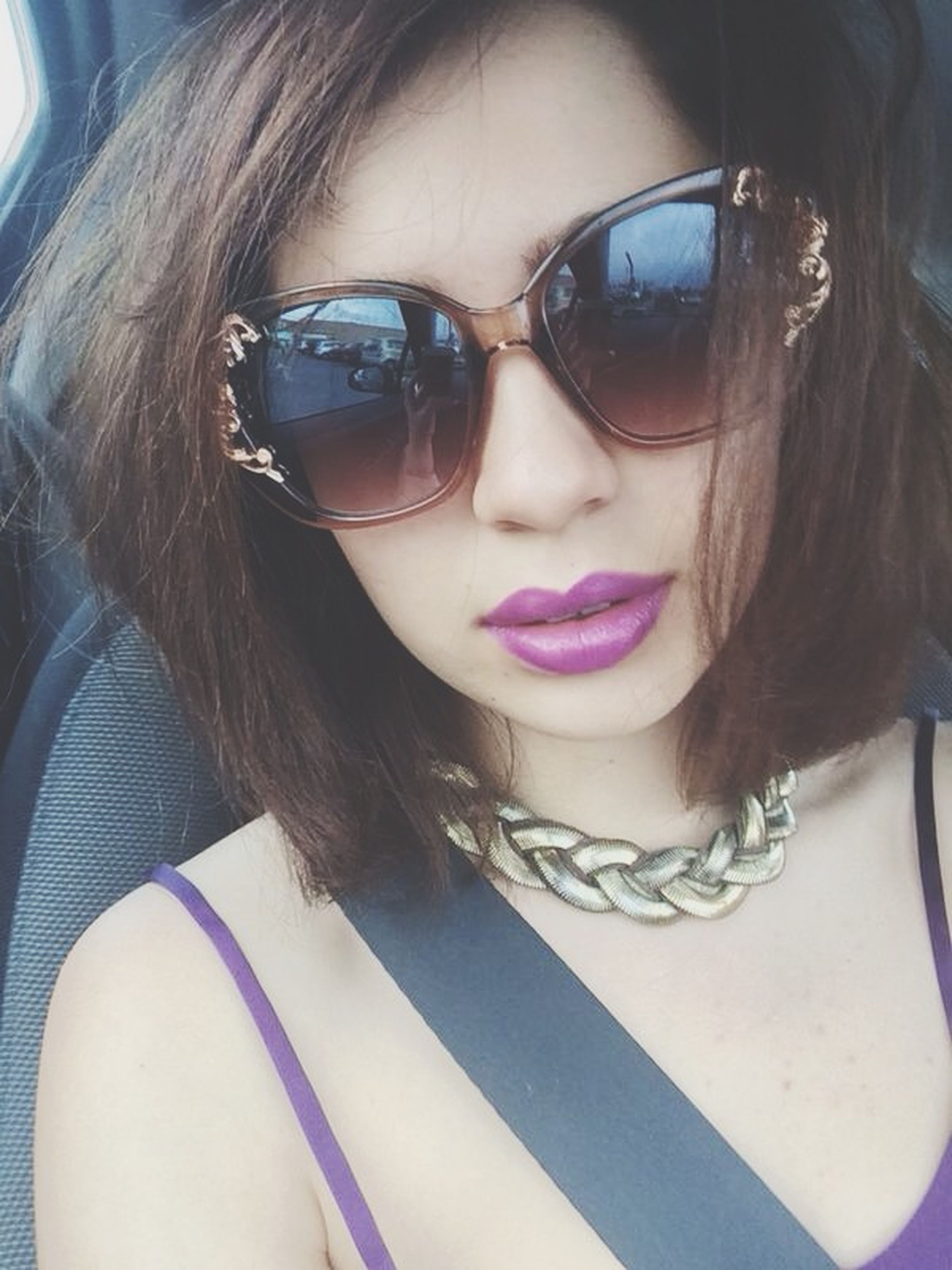 young adult, young women, portrait, person, sunglasses, looking at camera, lifestyles, leisure activity, headshot, transportation, smiling, front view, long hair, car, close-up, mode of transport, head and shoulders