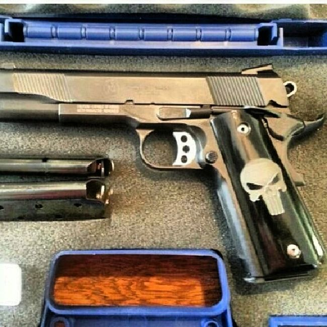 more toys Gunslinger  Gun Punisher