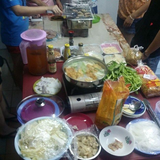 Let the feast begin!!! SunwayMetroOmega CNYFellowship Leo Lions