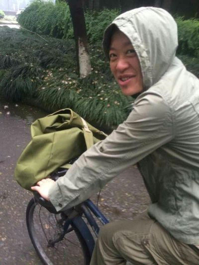 I am an English teacher,and I am cycling to pingfeng campus Humansofzjut