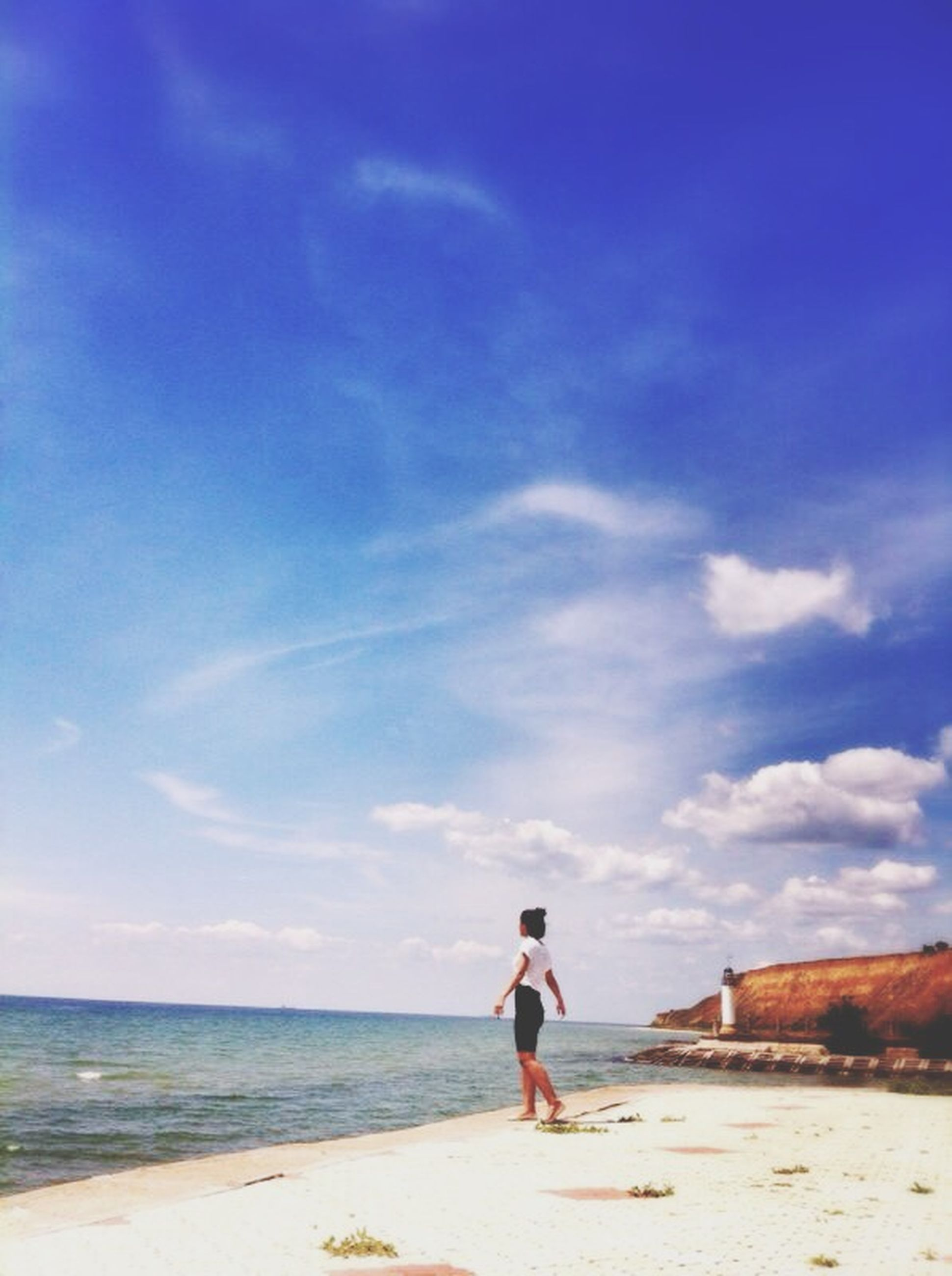 beach, sea, sky, full length, shore, sand, water, rear view, horizon over water, leisure activity, lifestyles, standing, walking, tranquil scene, tranquility, scenics, beauty in nature, nature