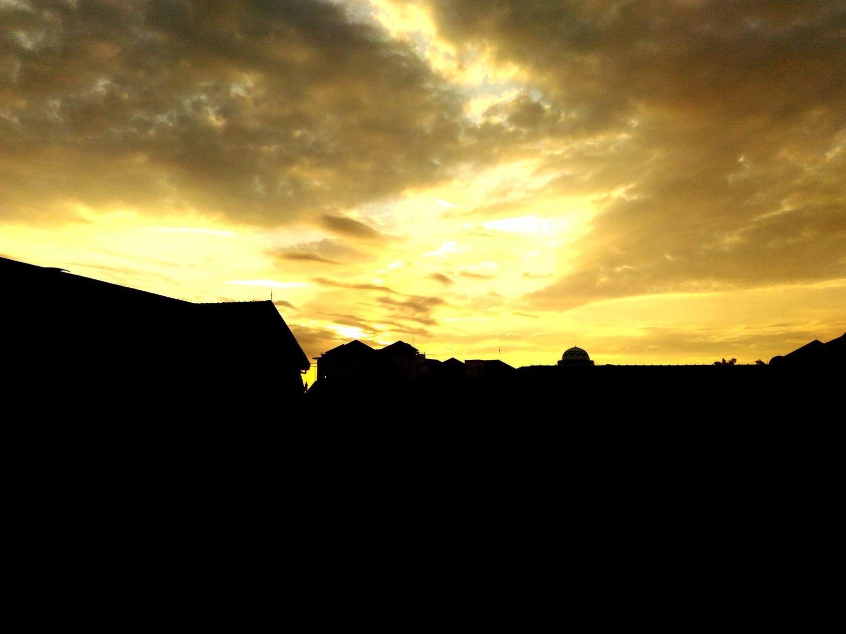 Another sunset Sunset #sun #clouds #skylovers #sky #nature #beautifulinnature #naturalbeauty #photography #landscape Nature Nature Photography Sunset And Clouds  Sunset