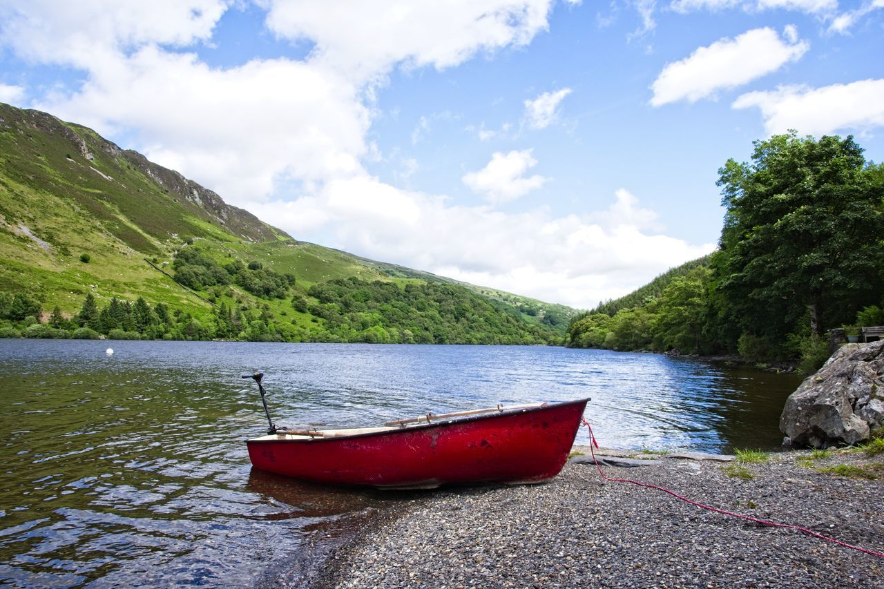 Lakeside view, Llyn Crafnant Beauty In Nature Gwdyr Forest Gwidir Forest Idyllic Lake Crafnant Llyn Crafnant Mountain No People North Wales Scenics Tranquility First Eyeem Photo