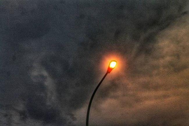 Light... Uploud bersama @instanusantara Instanusantara Inub7410 Instanusantarajakarta _____________________________ Photography Photograph Phonegrapher Phonegraphy Instanusantara Kompasnusantara Catatan_negeri Light Traffic Sky Skyscape Skyporn HDR Hdr_pics Landscape Landscapestyles_gf Landscape_lovers Inspiring Idea Creative Orange Noise geo0070uber